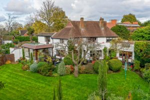 Fitzalan Road, Claygate, Esher, KT10